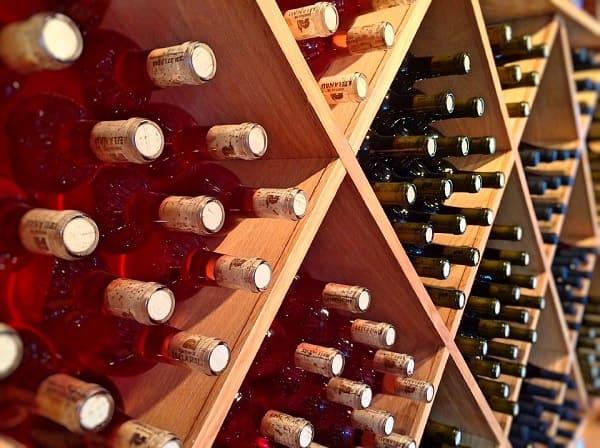 ช้นวางไวน์