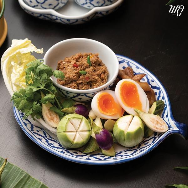 น้ำพริกมะขามอ่อน หนึ่งในน้ำพริกที่ได้รับความนิยมก็คือ น้ำพริกมะขาม ผัดกับหมูสับ ซึ่งเป็นเมนูที่ทำง่าย และรับประทานได้ทุกวันไม่มีเบื่อ