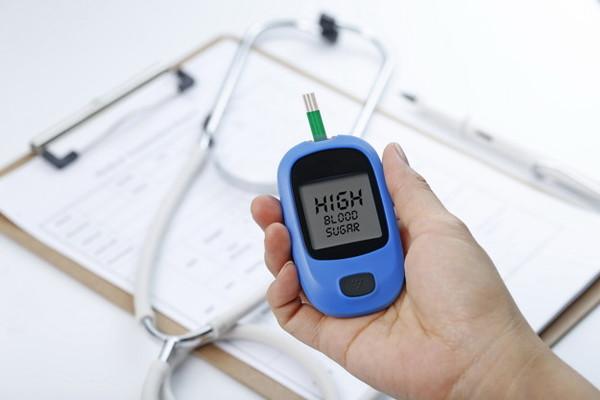 โรคเบาหวาน เคี้ยวอาหารไม่ละเอียด มีโอกาสเสี่ยงที่จะเกิดโรคเบาหวานมากกว่าคนปกติทั่วไปถึง 2.5 เท่าเลยทีเดียว