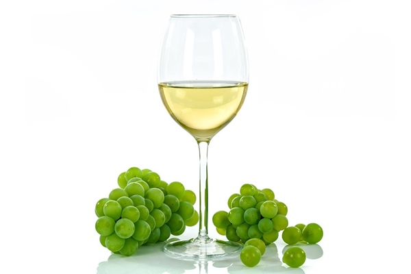 ไวน์ขาว (White wine)